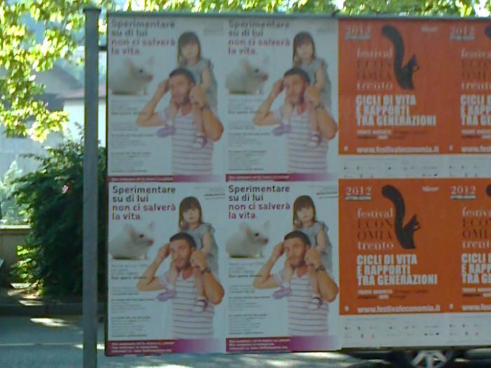 25.05.2012 - CENA VEGAN E CAMPAGNA CONTRO LA VIVISEZIONE 71