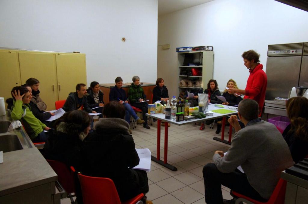 06.02.2015 - Corso di Pasticceria Vegana Tassullo seconda serata 72