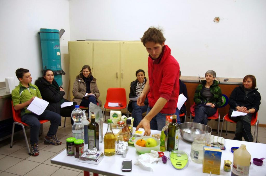 06.02.2015 - Corso di Pasticceria Vegana Tassullo seconda serata 94