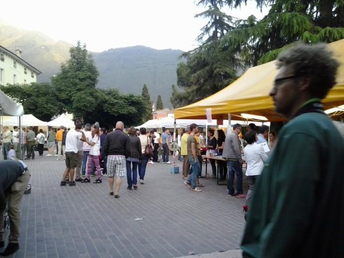 01.06.2014 TAVOLO INFORMATIVO - ARCO TN ALLA FESTA VEG DEGLI ANIMALI 95