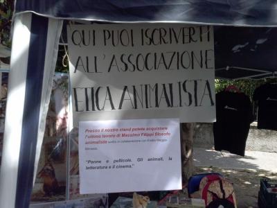 01.06.2014 TAVOLO INFORMATIVO - ARCO TN ALLA FESTA VEG DEGLI ANIMALI 50