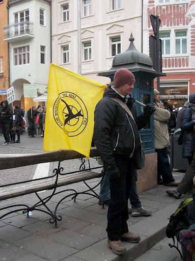 Bolzano 04.02.2012 manifestazione contro lo sfruttamento degli animali 306