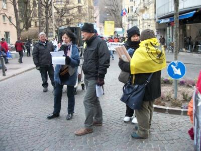 Bolzano 04.02.2012 manifestazione contro lo sfruttamento degli animali 123