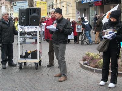 Bolzano 04.02.2012 manifestazione contro lo sfruttamento degli animali 128