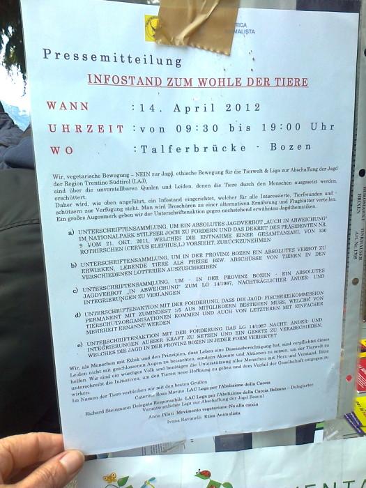 14.04.2012 - BOLZANO - TAVOLO INFORMATIVO CONTRO LA CACCIA E SULL'ALIMENTAZIONE VEGANA 135