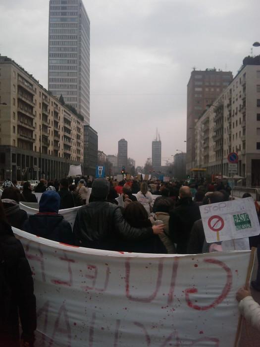 MANIFESTAZIONE CONTRO LA VIVISEZIONE - MILANO 5 marzo 2011 188