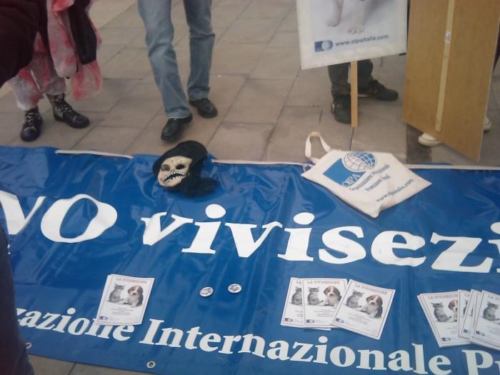 MANIFESTAZIONE CONTRO LA VIVISEZIONE - MILANO 5 marzo 2011 125