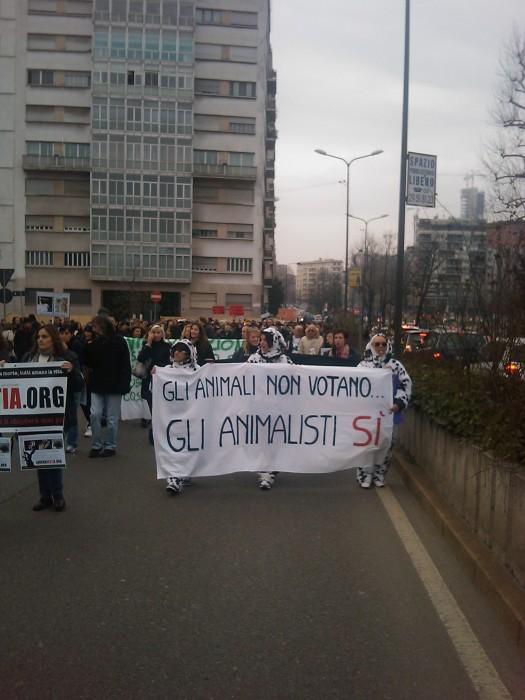 MANIFESTAZIONE CONTRO LA VIVISEZIONE - MILANO 5 marzo 2011 126