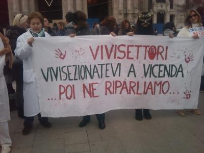 MANIFESTAZIONE CONTRO LA VIVISEZIONE - MILANO 5 marzo 2011 39