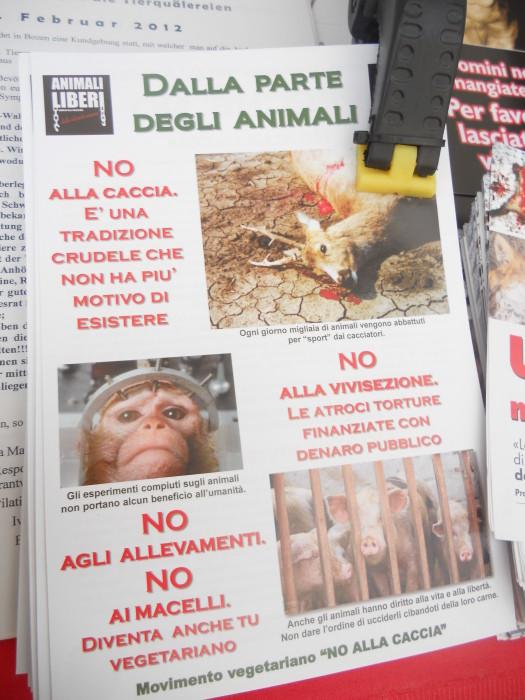 Bolzano 04.02.2012 manifestazione contro lo sfruttamento degli animali 333