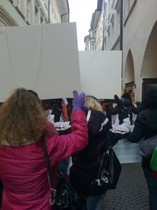 Bolzano 04.02.2012 manifestazione contro lo sfruttamento degli animali 3