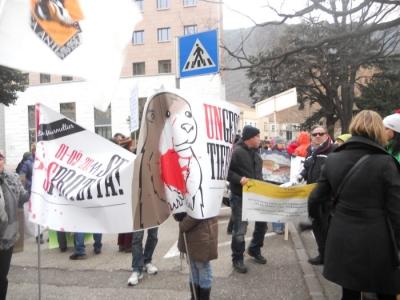 Bolzano 04.02.2012 manifestazione contro lo sfruttamento degli animali 16