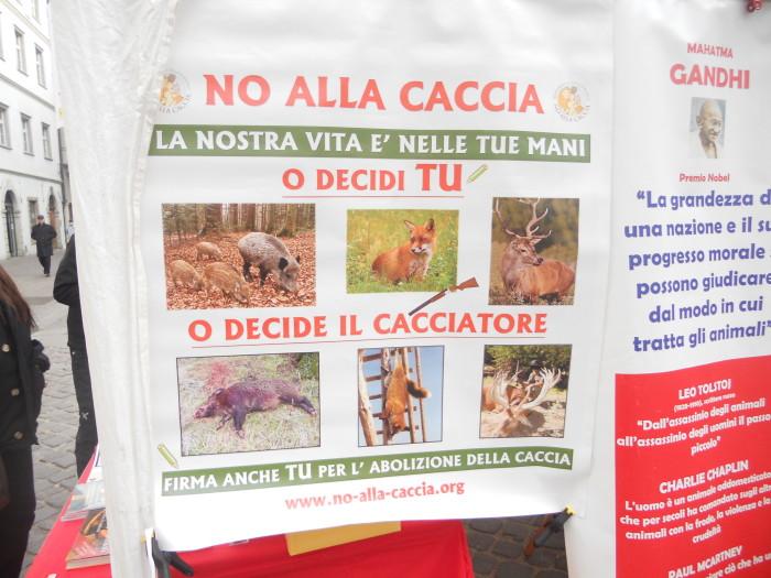 Bolzano 04.02.2012 manifestazione contro lo sfruttamento degli animali 203