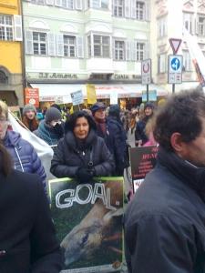 Bolzano 04.02.2012 manifestazione contro lo sfruttamento degli animali 36