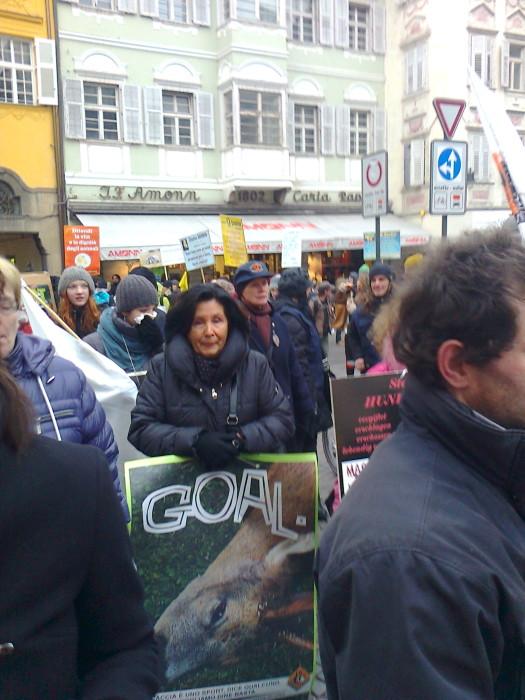 Bolzano 04.02.2012 manifestazione contro lo sfruttamento degli animali 206