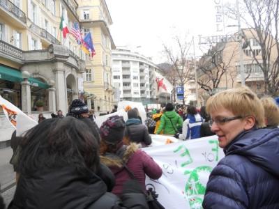 Bolzano 04.02.2012 manifestazione contro lo sfruttamento degli animali 37