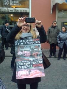 Bolzano 04.02.2012 manifestazione contro lo sfruttamento degli animali 52