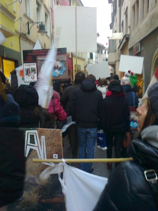 Bolzano 04.02.2012 manifestazione contro lo sfruttamento degli animali 223