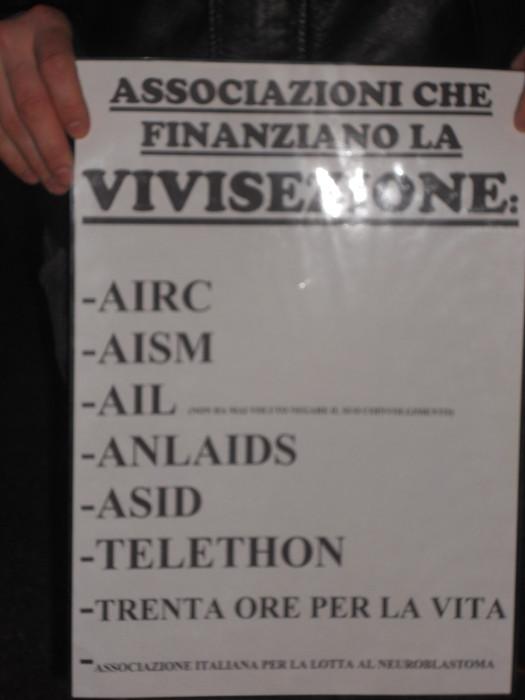 19.11.11- MANIFESTAZIONE CONTRO IL LAGER 215