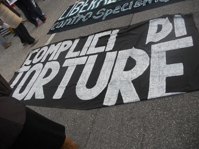 19.11.11- MANIFESTAZIONE CONTRO IL LAGER 150
