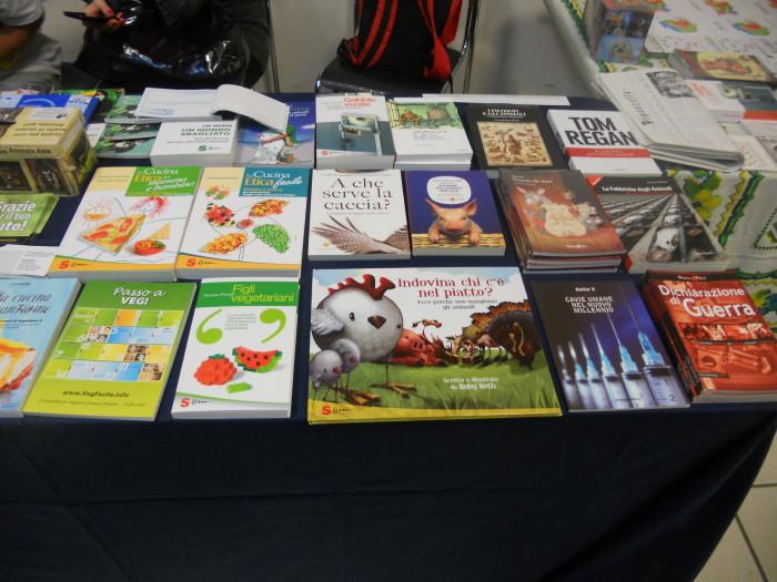 FA' LA COSA GIUSTA 2011 - MOSTRA ANIMALISTA 217