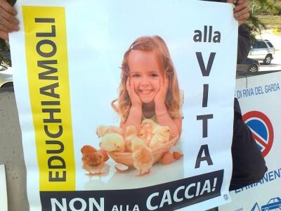 Presidio alla Fiera Caccia e Pesca di Riva del Garda 31.03.2012 163