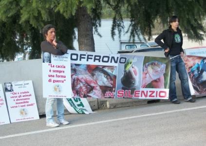 Presidio alla Fiera Caccia e Pesca di Riva del Garda 31.03.2012 35