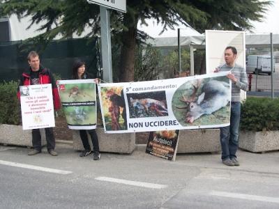 Presidio alla Fiera Caccia e Pesca di Riva del Garda 31.03.2012 53