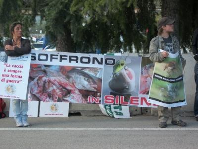 Presidio alla Fiera Caccia e Pesca di Riva del Garda 31.03.2012 66