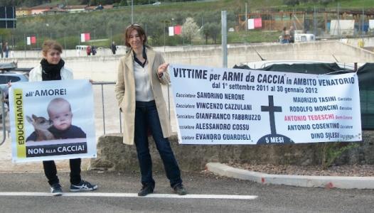 Presidio alla Fiera Caccia e Pesca di Riva del Garda 31.03.2012 79
