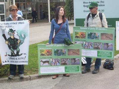 Presidio alla Fiera Caccia e Pesca di Riva del Garda 31.03.2012 95