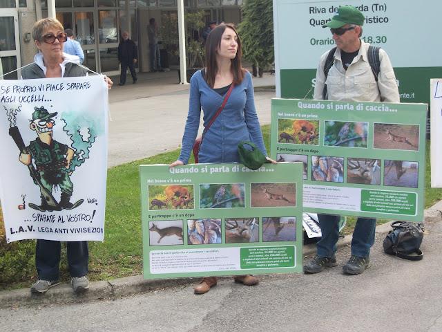 Presidio alla Fiera Caccia e Pesca di Riva del Garda 31.03.2012 261