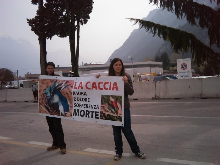 Riva del Garda 26.03 - Sit-in contro la fiera della caccia e della pesca 68