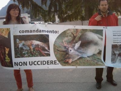Riva del Garda 26.03 - Sit-in contro la fiera della caccia e della pesca 29