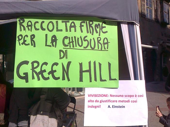 TRENTO - 03.03.2012 - TAVOLO INFORMATIVO SUGLI ORRORI DELLA VIVISEZIONE 138