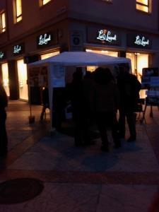 TRENTO - 12.03.2011 - TAVOLO INFORMATIVO SULLA VIVISEZIONE 3