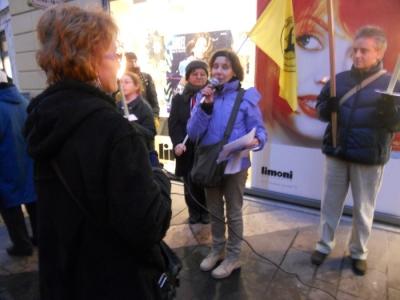 03 dicembre 2011 Trento fiaccolata per denunciare lo sterminio degli animali nel periodo natalizio (e non solo!) 150