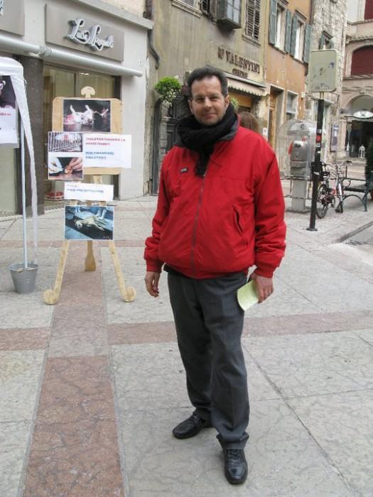 TRENTO - 12.03.2011 - TAVOLO INFORMATIVO SULLA VIVISEZIONE 123