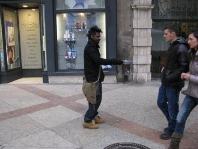 TRENTO - 12.03.2011 - TAVOLO INFORMATIVO SULLA VIVISEZIONE 40