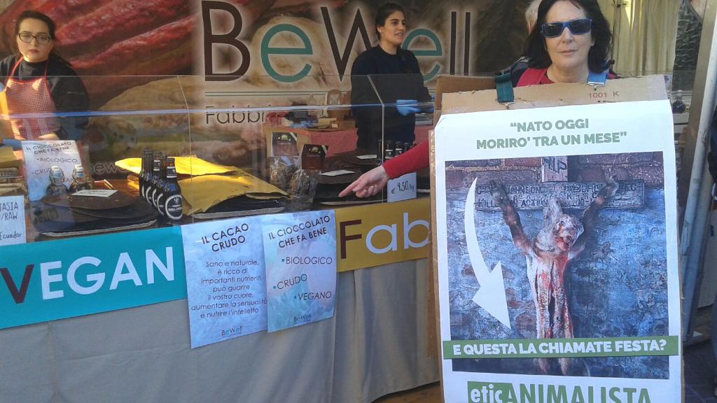 Manifestazione a Trento in difesa degli agnelli a Pasqua 24-25-26 Marzo - Parte 2 9