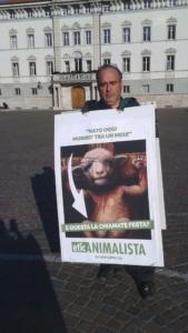 Manifestazione a Trento in difesa degli agnelli a Pasqua 24-25-26 Marzo - Parte 2 3