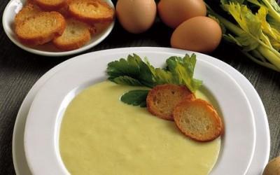 Vellutata di porri e patate con cipolla: ricetta ed ingredienti 10