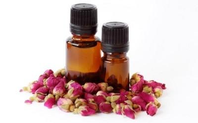 Olio essenziale di rosa: proprietà e utilizzi 10