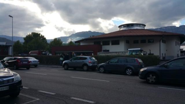 Fronte animalista Bolzano - Manifestazione Porte aperte 10 anni della casa della zootecnia 10