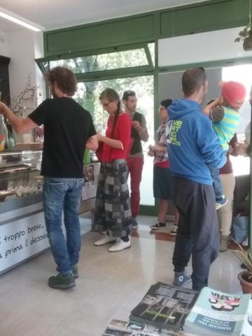 Eticanimalista c/o Black Sheep pasticceria bio vegan - gelati veg 2017 e informazione vegan - 08.04.2017 7