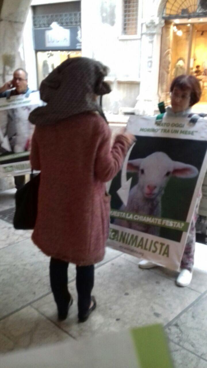 Manifestazione di protesta contro il massacro Pasquale degli agnelli e capretti 15 Aprile 2017 32