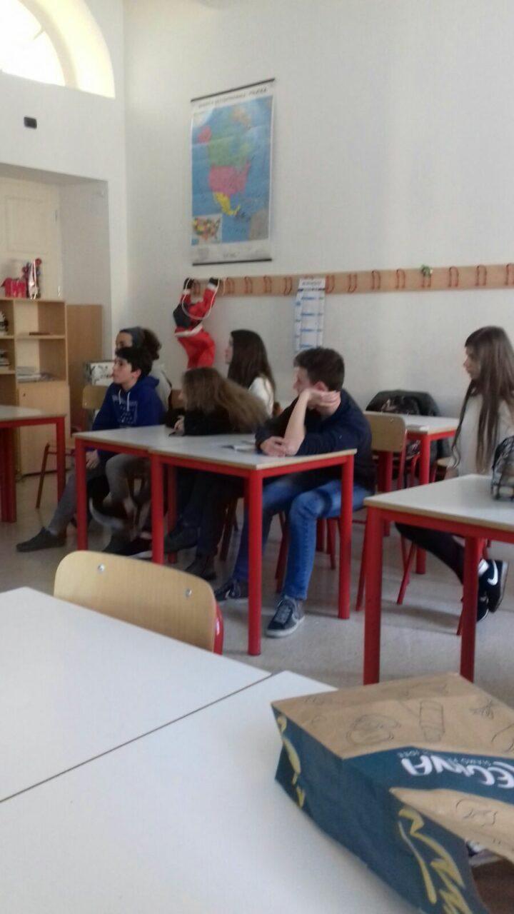 20.02.2018 - Incontro con alcuni ragazzi del liceo Da Vinci di Trento per parlare delle motivazioni del veganismo 2