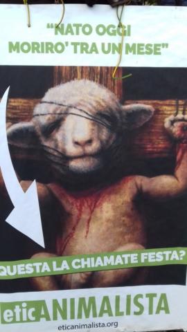"""""""A PASQUA NON UCCIDO"""" Manifestazione di protesta contro la strage pasquale di agnelli e capretti 18"""